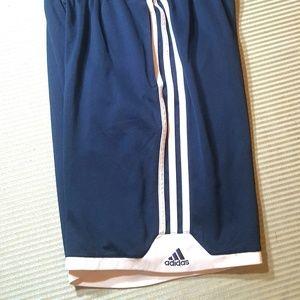 Adidas Boy sz L 14/16 Shorts Blue